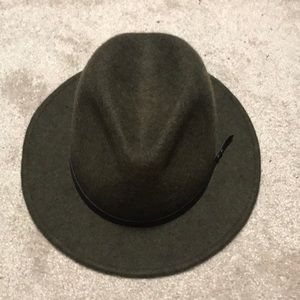 Urban outfitters olive fedora hat